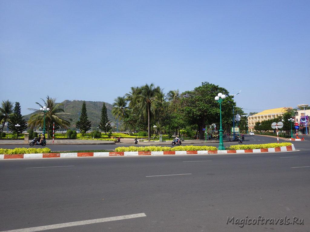 wide-street04