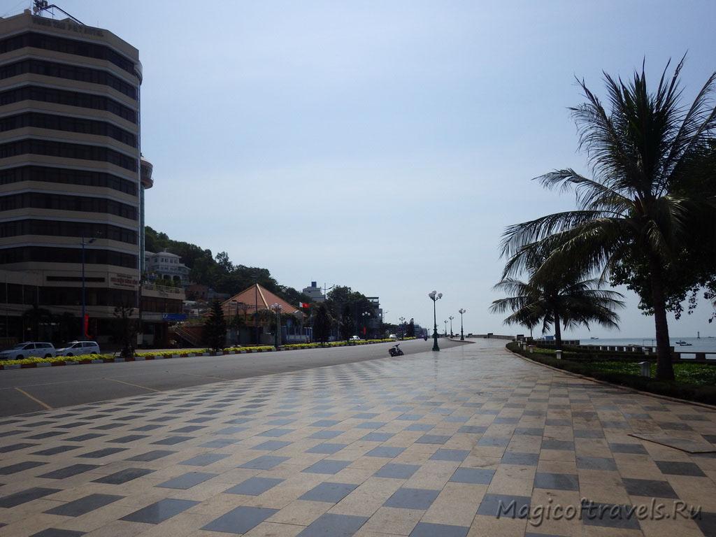 wide-street06