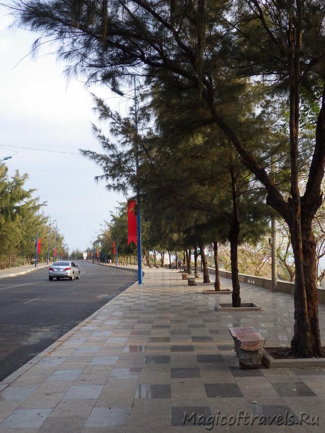 wide-street34